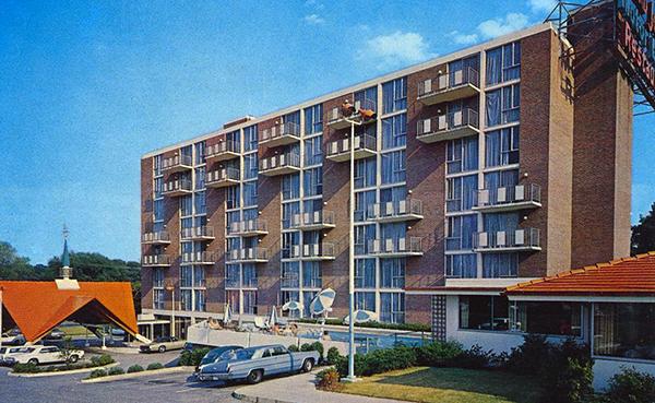 U S Route 40 Days Inn Howard Johnson 39 S Hotel And